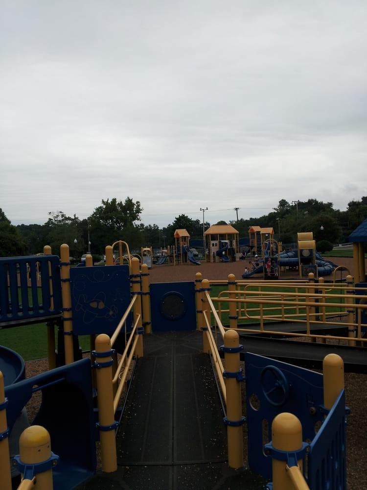 Vandergriff Park: 1414 Gadd Rd, Hixson, TN