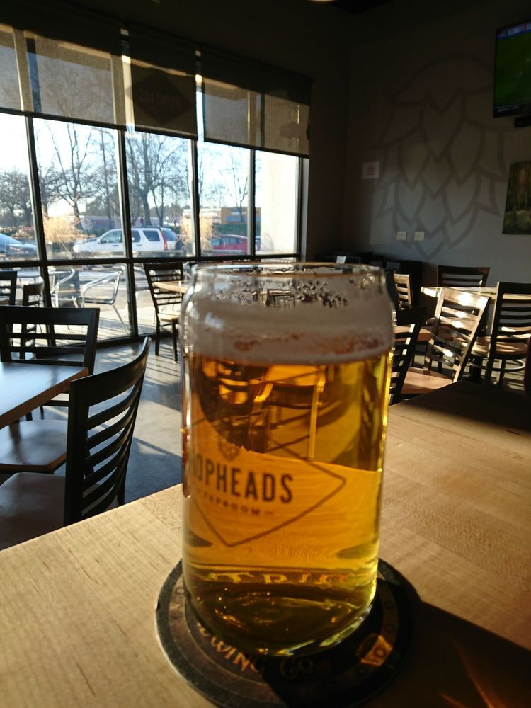 Hopheads Taproom: 14141 NE Woodinville Duvall Rd, Woodinville, WA