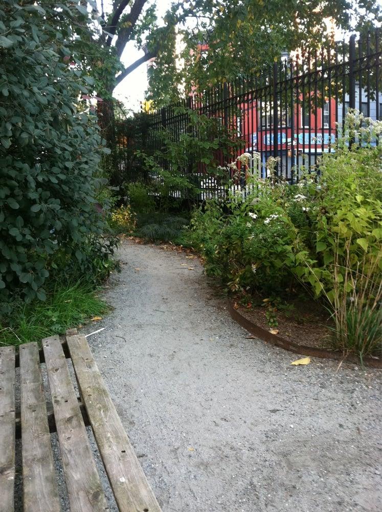 Greenspace @ President Street: 222 5th Ave, Brooklyn, NY