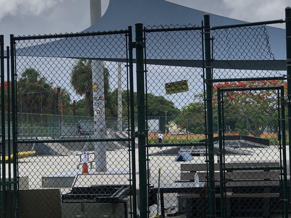 Phipps Park Baseball: 4715 S Dixie Hwy, West Palm Beach, FL