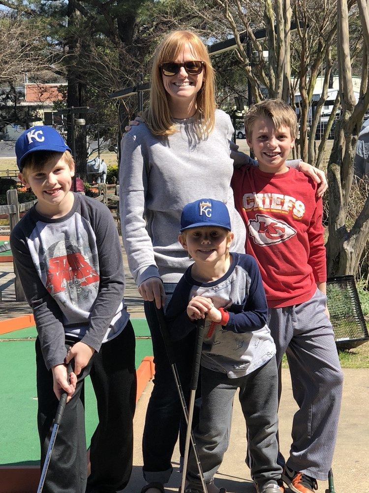 Golf & Games Family Park