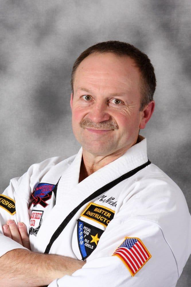 master instructor mark hansen - 666×1000