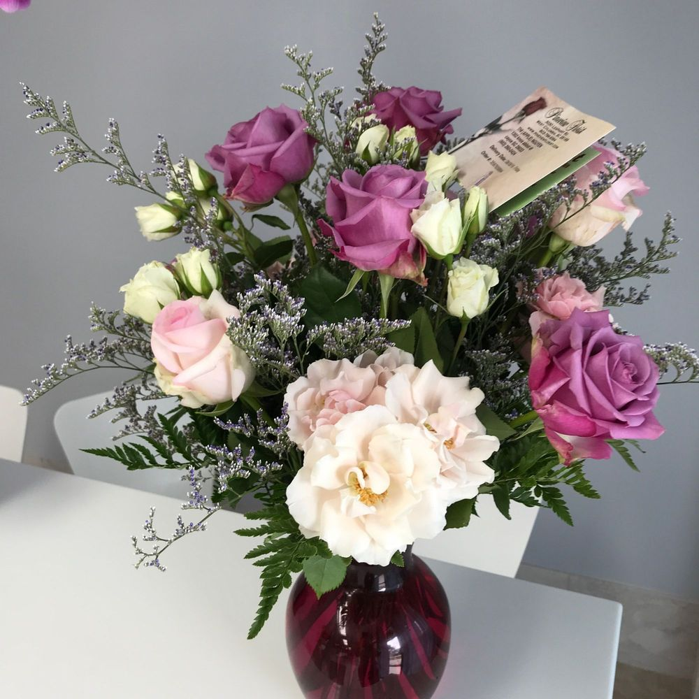 Pineview Florist: 3030 Leaphart Rd, West Columbia, SC