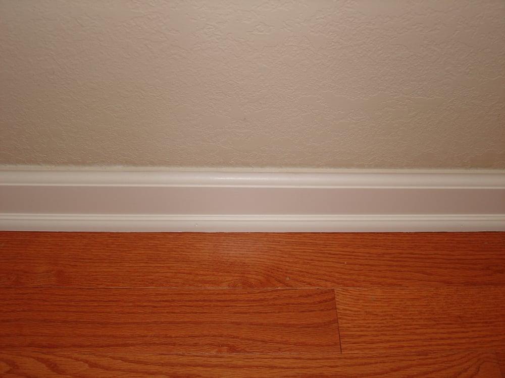 Baseboard quarter round yelp for Wood floor quarter round