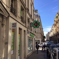 city pharma 44 photos 142 reviews pharmacy 26 rue du four saint germain des pr s paris. Black Bedroom Furniture Sets. Home Design Ideas