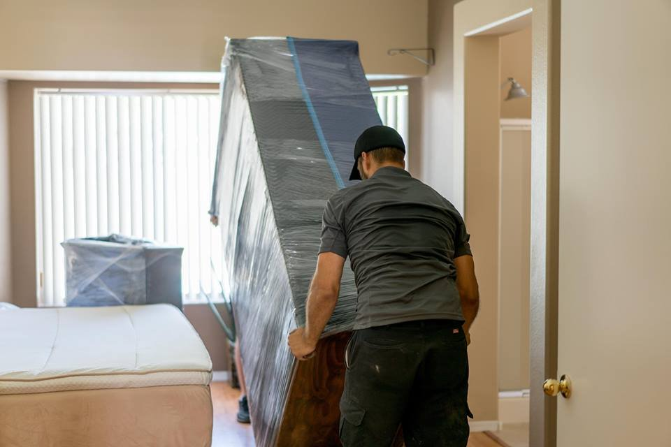 Helping Hand Moving Services: Belleview, FL