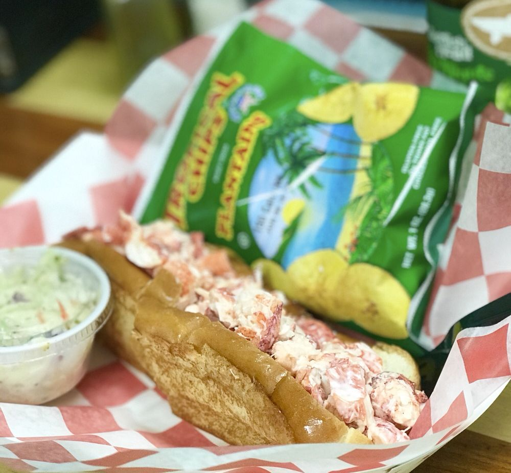 Eaton Street Seafood Market: 801 Eaton St, Key West, FL