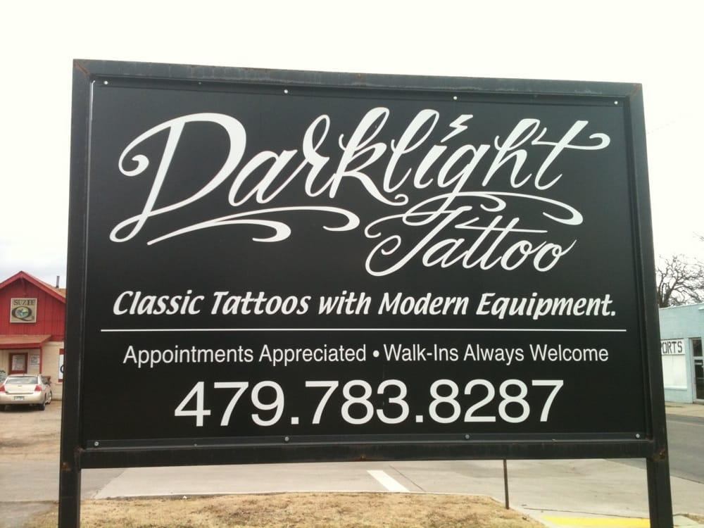 Dark Light: 623 N Greenwood Ave, Fort Smith, AR