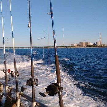 Black hawk open fishing boat 31 photos fishing 16 e for Fishing charters ct niantic
