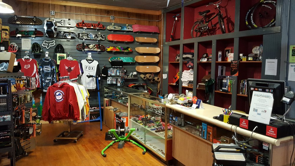 Rotten Robbies Cycle Sports & More: 100 E North St, Crawfordsvlle, IN