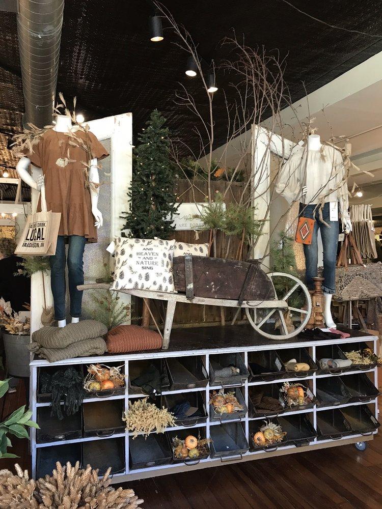 Olde Tyme Marketplace: 801 W Main St, Madison, IN