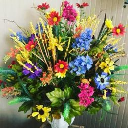 Photo of Flowers For Keeps - Shelbyville, TN, United States. Silk colorful Home