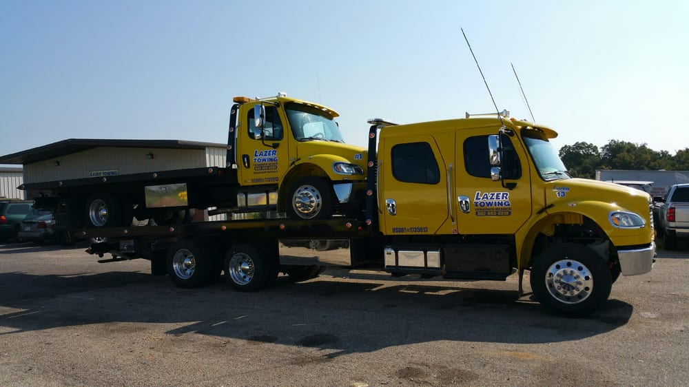 Lazer Towing: 2214 Goodman Rd W, Horn Lake, MS
