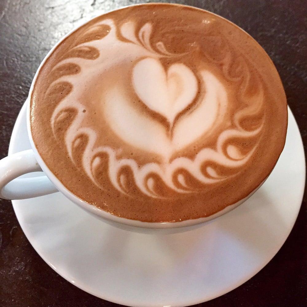 Caffé Bellissimo: 414 E 3rd St, Grove, OK