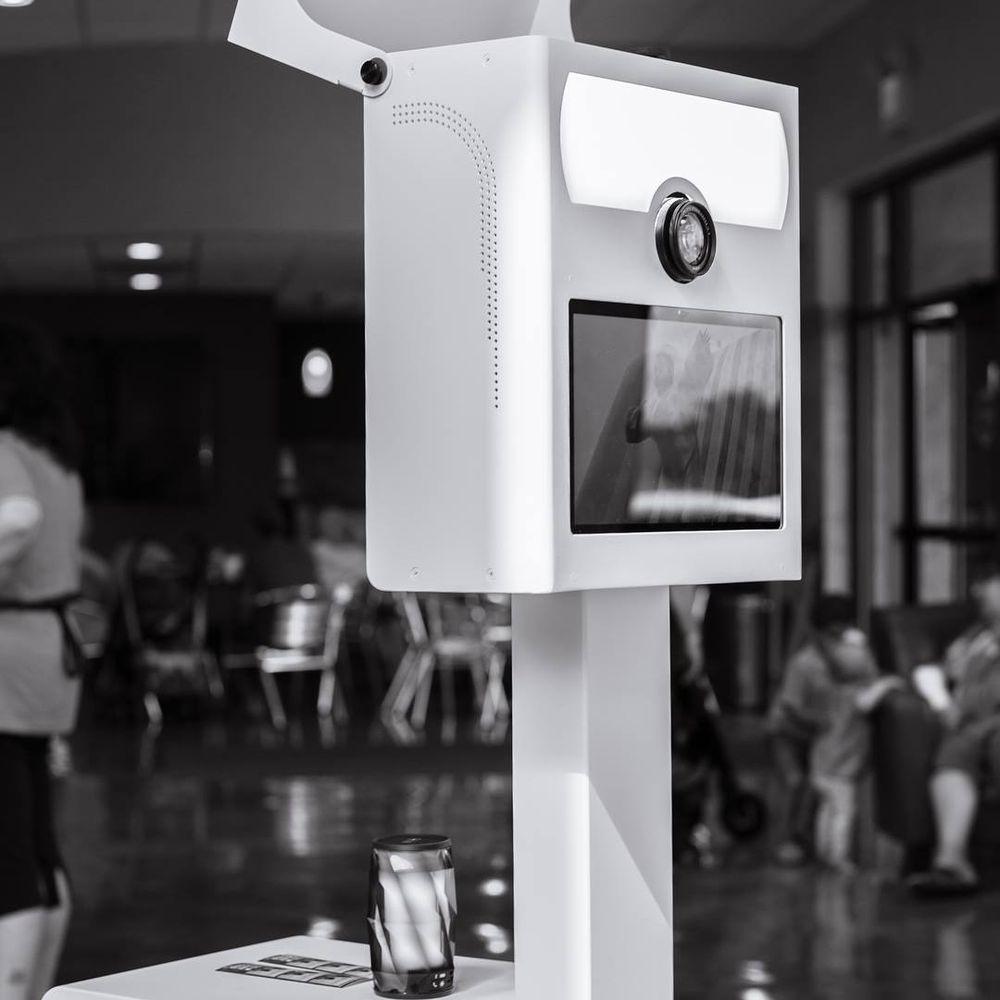 Snapshot Photobooths: Almont, MI