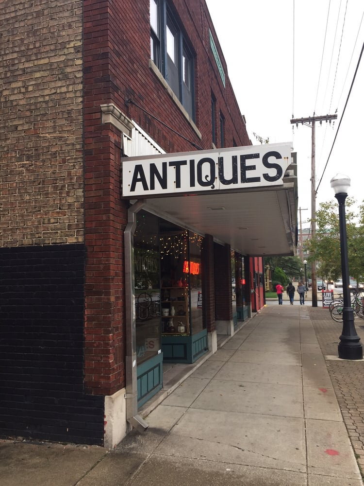 Baxter's Broadway Antique Mall Antiques 1115