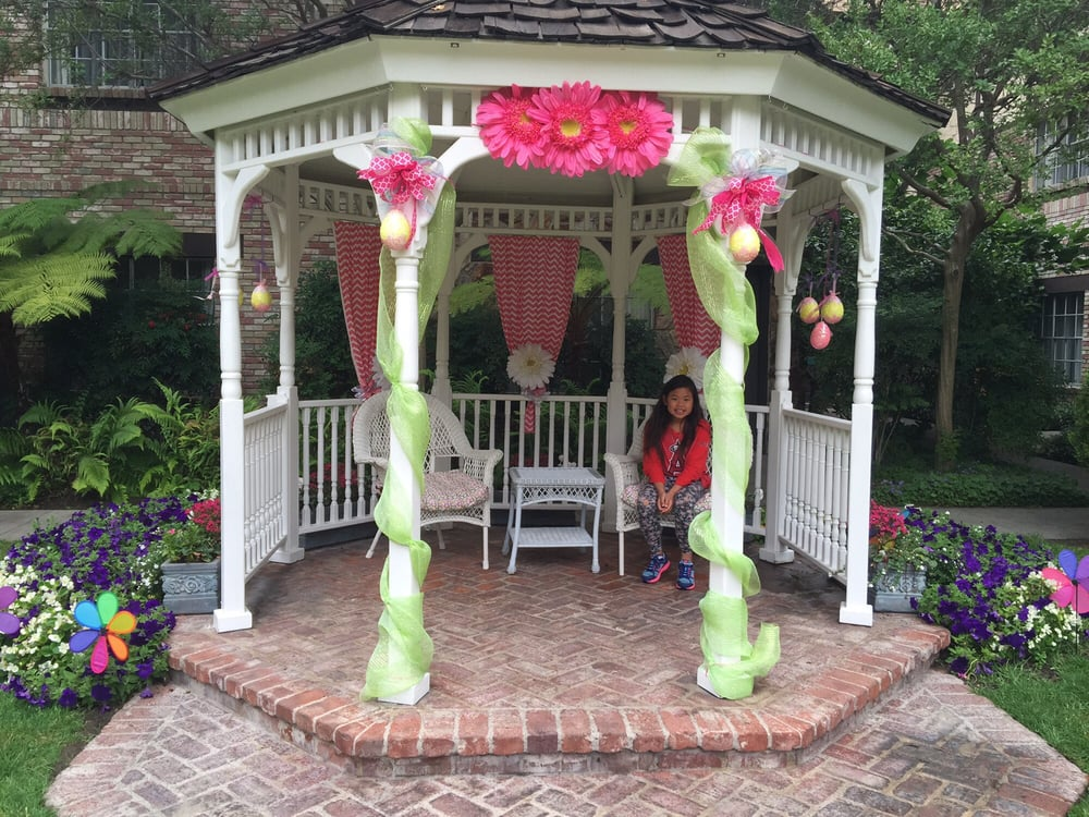 She liked this gazebo yelp for Anaheim majestic garden hotel yelp