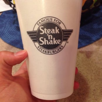 Steak n shake 38 photos 89 reviews burgers 2355 n for Steak n shake dining room hours