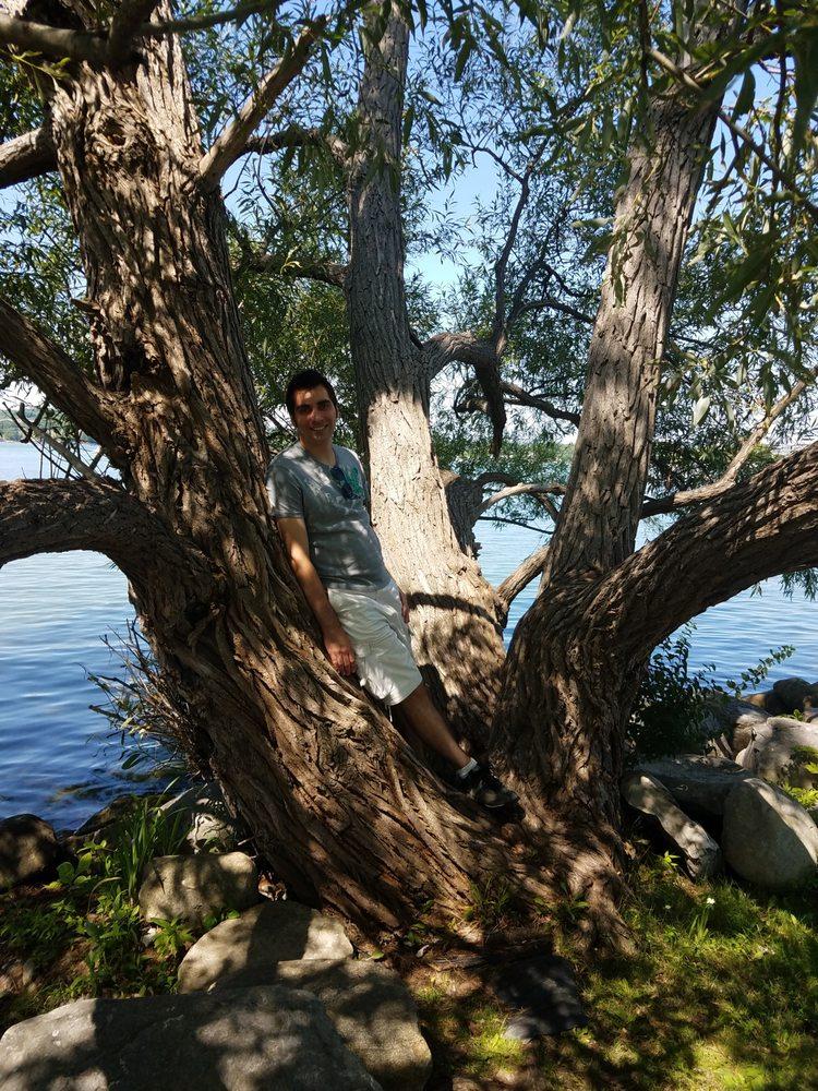Kershaw Park: 155 Lakeshore Dr, Canandaigua, NY