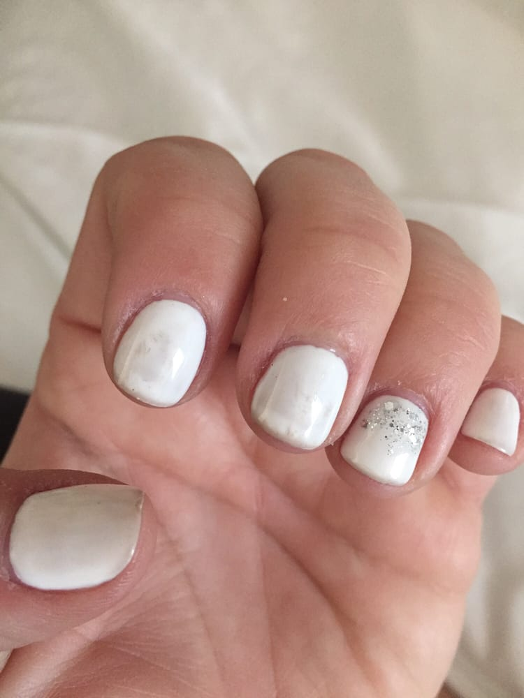 3 day old gel manicure and it looks absolutely disgusting!!! - Yelp
