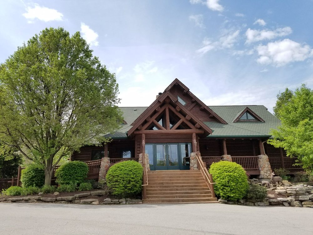 The Lodge at Grant's Trail: 4398 Hoffmeister Ave, Saint Louis, MO