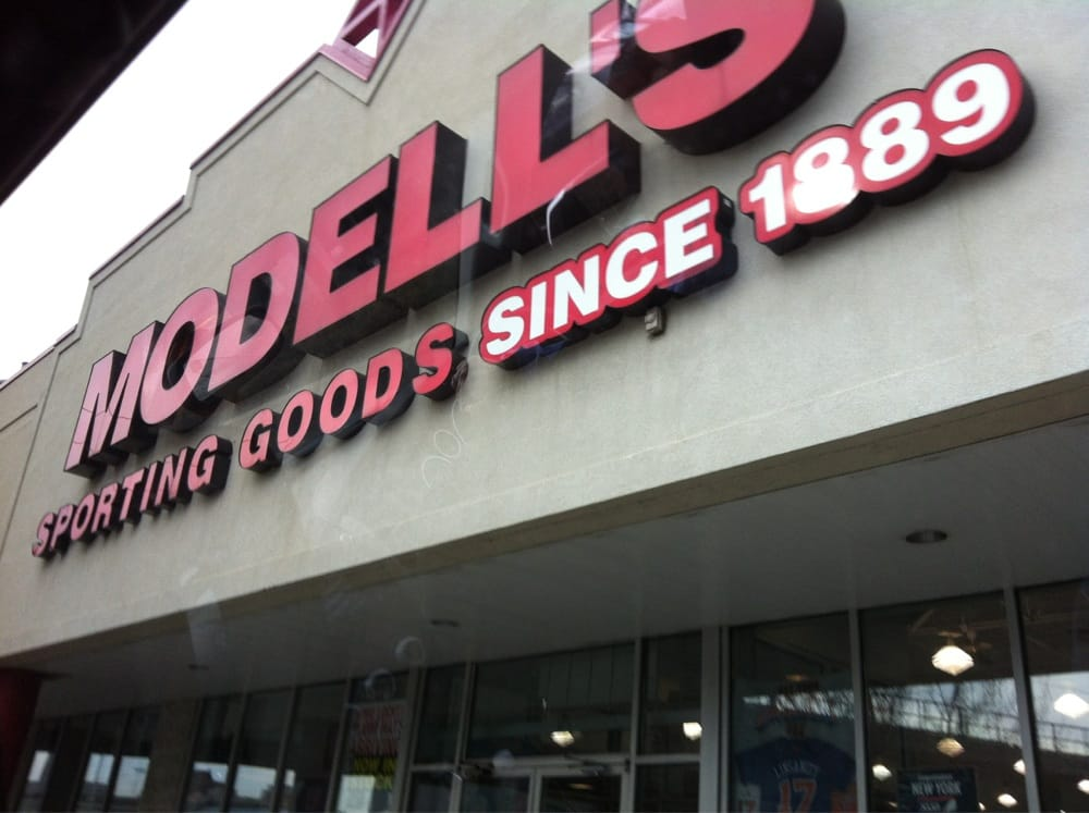 Modells: 611 Washington Blvd, Jersey City, NJ