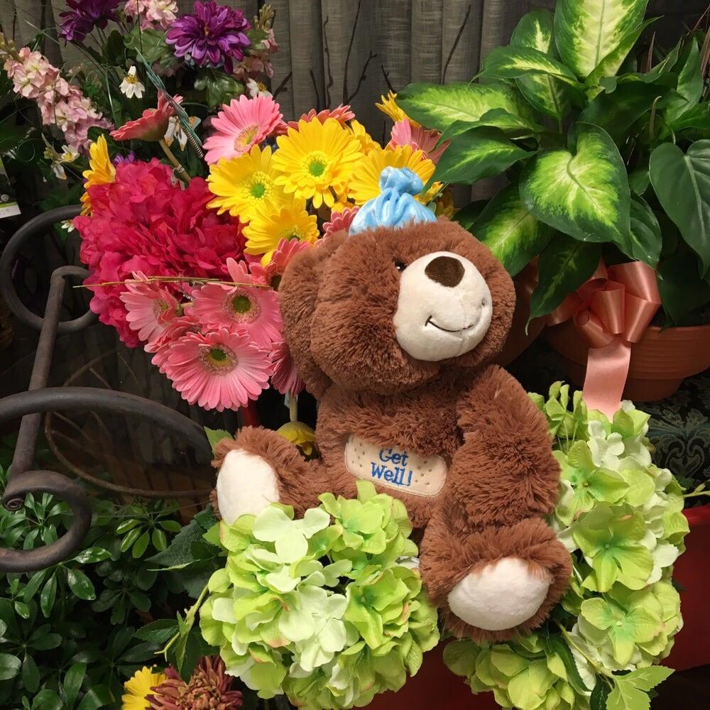 Country Florist: 3040 Old Washington Rd, Waldorf, MD