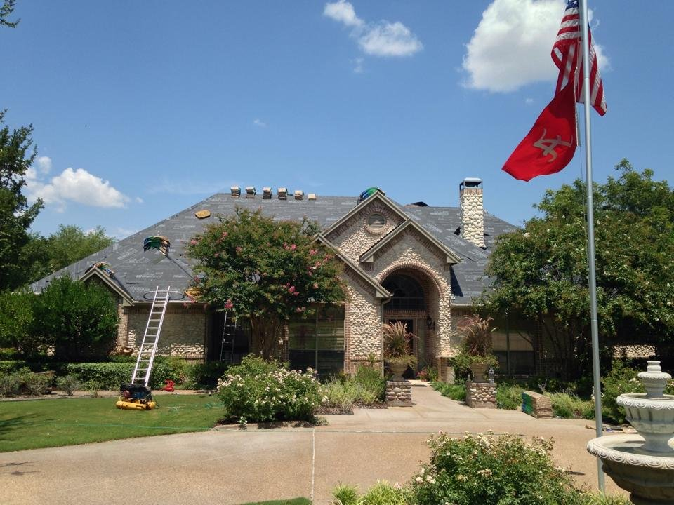 Billy Harris Roofing: 7531 Benbrook Pkwy, Benbrook, TX