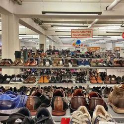 size 40 8c138 da1a1 Gebrüder Götz - Fashion - Otto-Hahn-Str. 7, Würzburg, Bayern ...