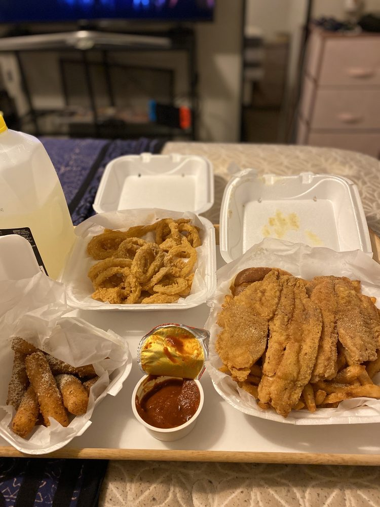 The Juicy Crawfish: 5905 Jimmy Carter Blvd, Norcross, GA