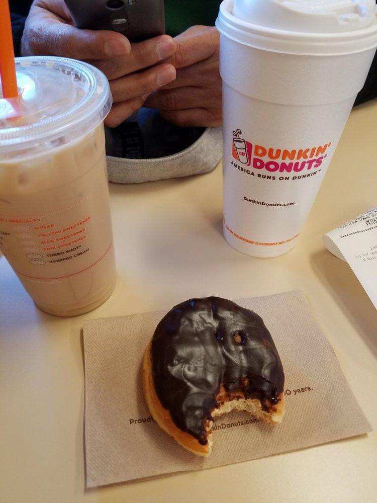 Boston Creme Doughnut Iced Coffee Amp Xl Hot Coffee Yelp