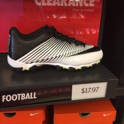 8d8e3145dd03 Nike Factory Store - CLOSED - 19 Photos - Shoe Stores - 1713 Preston ...