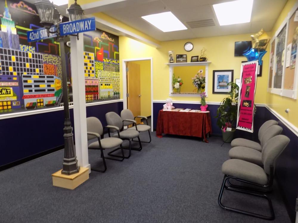 Broadway Bound: 501 Daniel Webster Hwy, Merrimack, NH