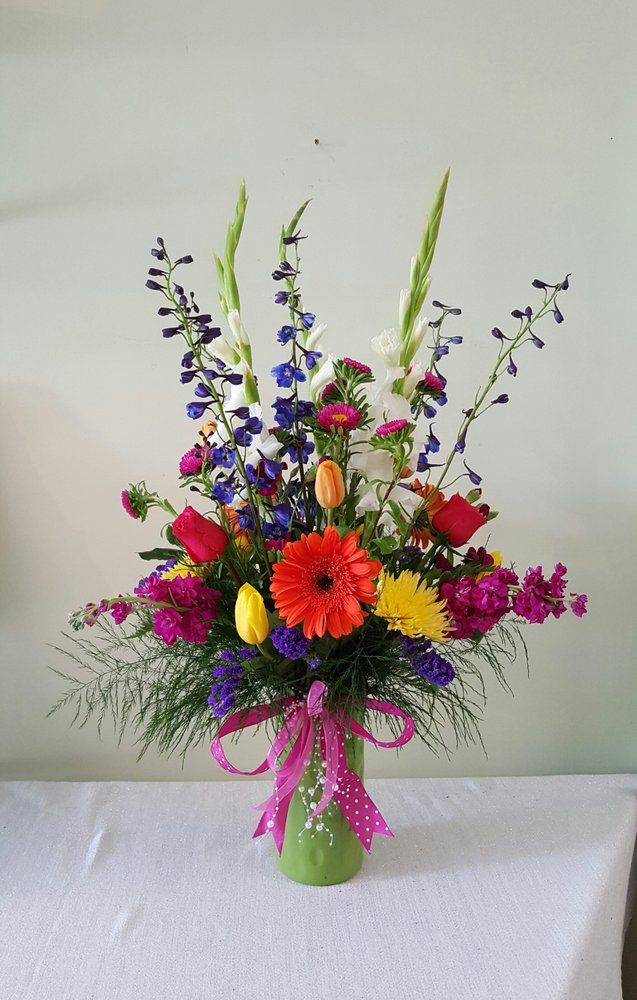 Anna's Flowers: 8805 W 83rd St, Justice, IL