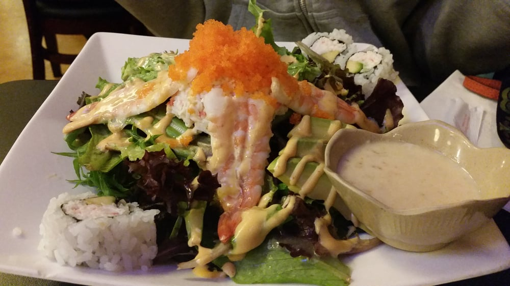 Madfish house salad so huge just like the picture in the for Mad fish menu