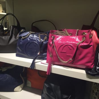 gucci outlet. photo of gucci outlet - rosemont, il, united states. soho bags