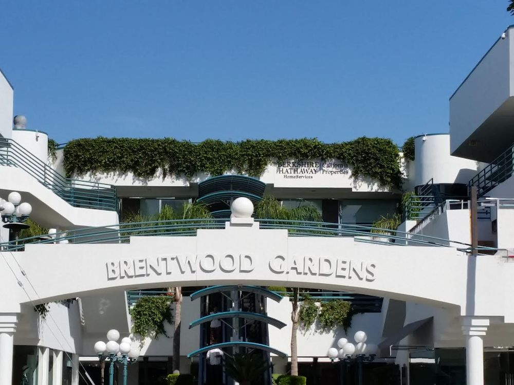 Saunabar Is Conveniently Located At Brentwood Gardens On San Vicente