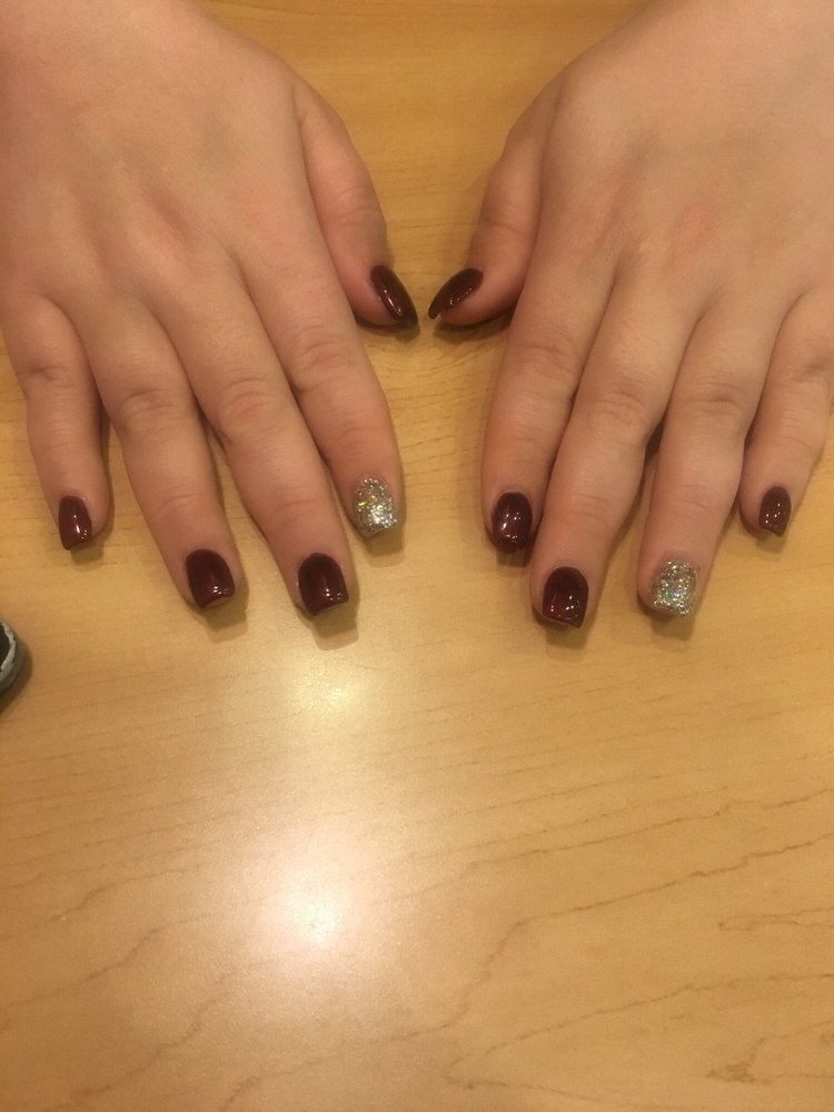 Emily Nails: 718 MacDade Blvd, Darby, PA
