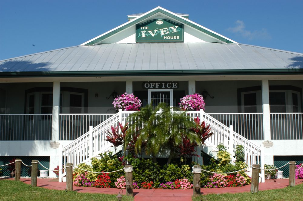 Ivey House Everglades Adventures Hotel