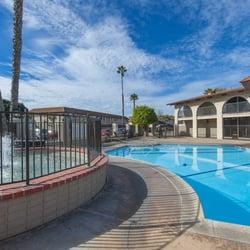 Villa Granada Apartments - 11 Photos & 15 Reviews - Apartments - 550 ...