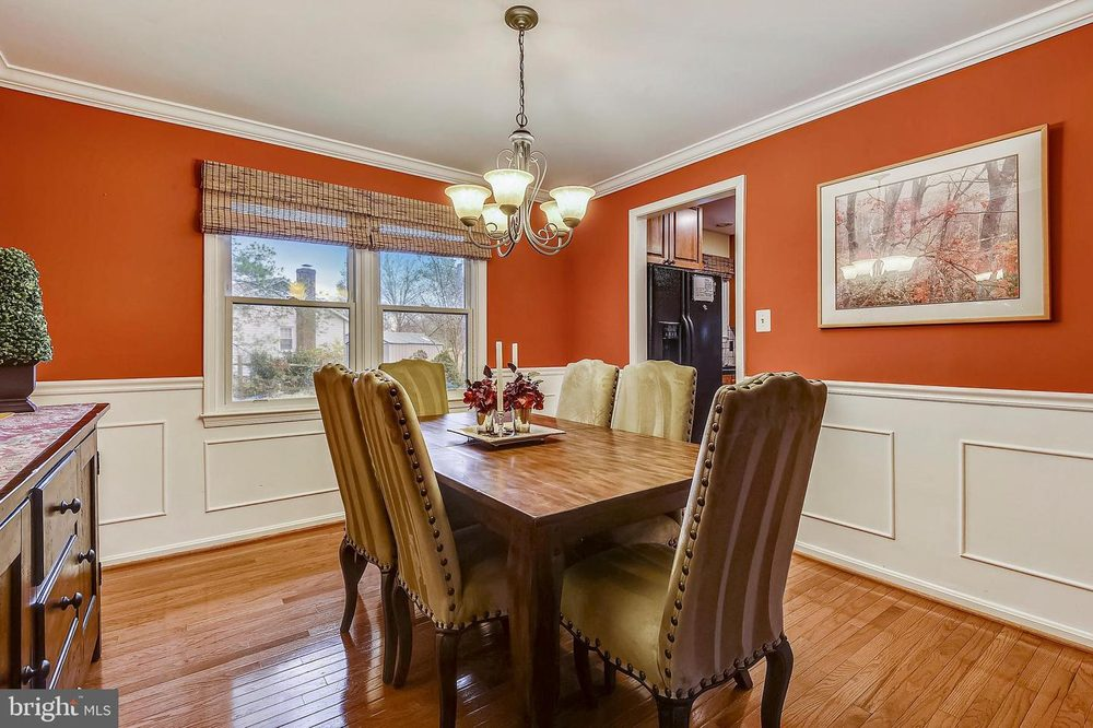 KW Consign And Design: Gaithersburg, MD
