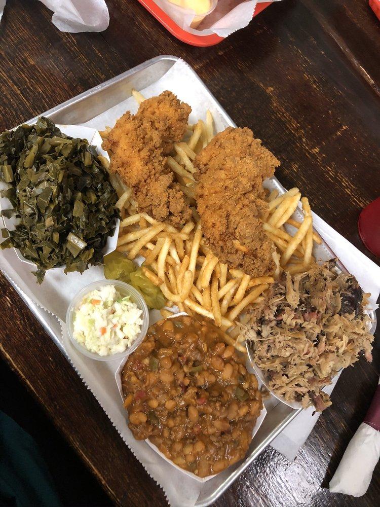 Food from Bluegrass BBQ