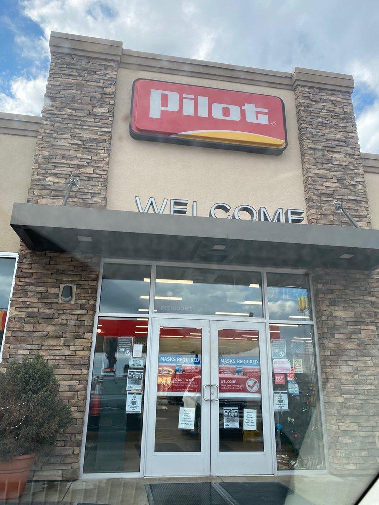 Pilot Travel Center: 1600 E Wyandot Ave, Upper Sandusky, OH