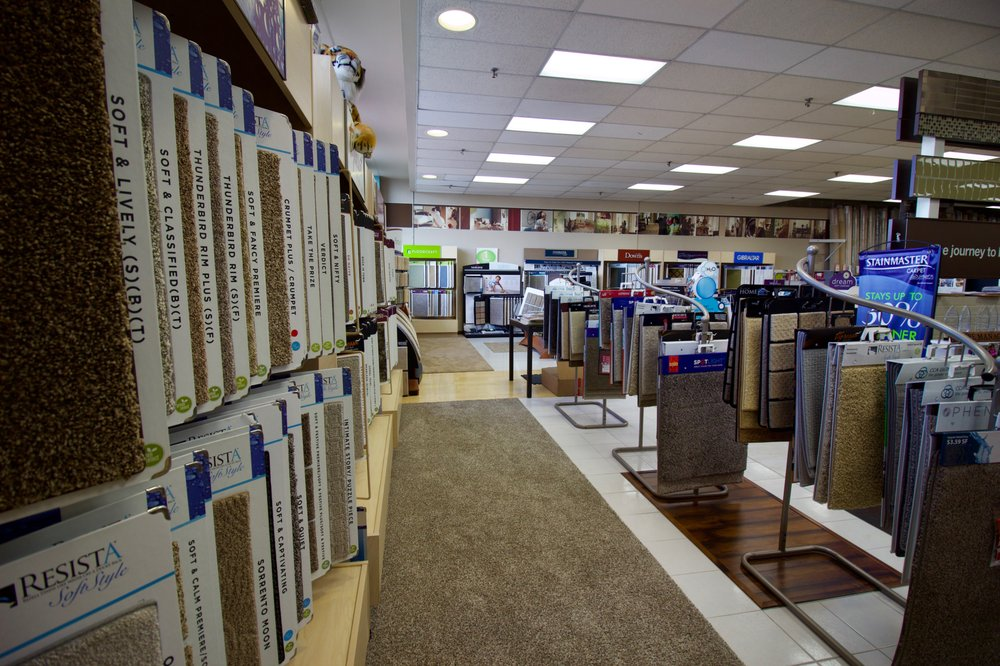 Buddy's Flooring America: 7112 Turfway Rd, Florence, KY