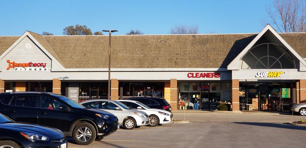 T J Cleaners: 831 S Il Rt 59, Bartlett, IL