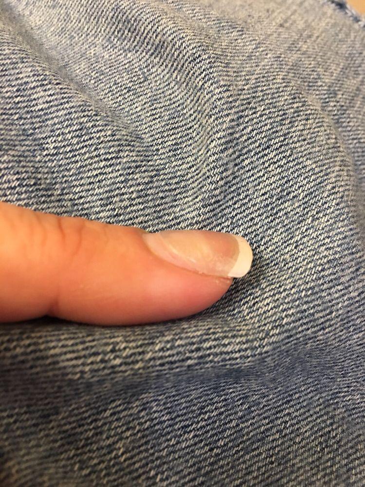 LA Nails: 1615 Calumet Ave, Valparaiso, IN