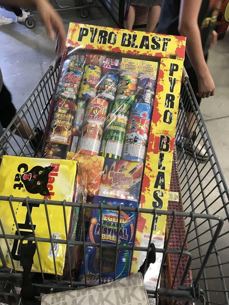 Diablo Fireworks: 1600 E Ohara Rd, Anthony, NM