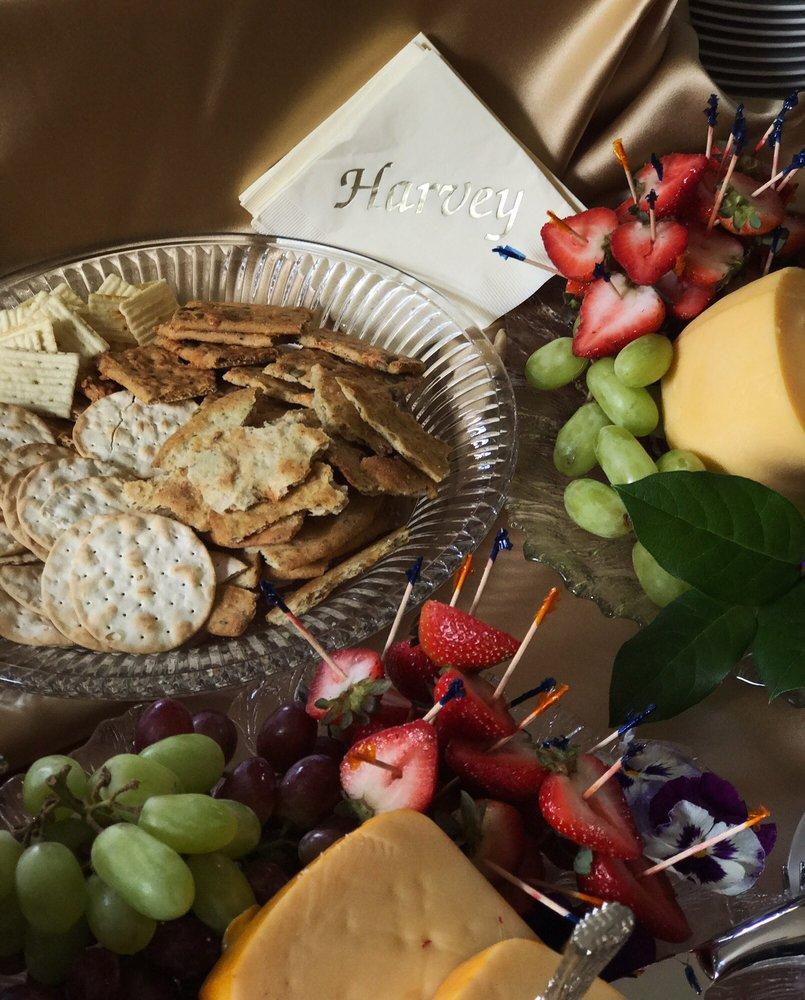Annemarie's Cuisine: 235 Limekiln Pike, Glenside, PA