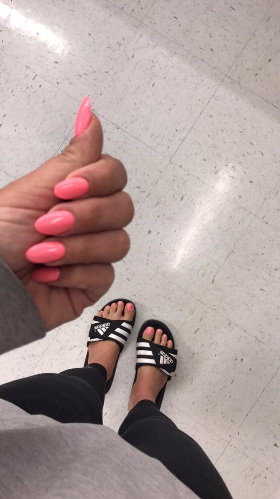 Tiffany Nails: 5988 Stellhorn Rd, Fort Wayne, IN