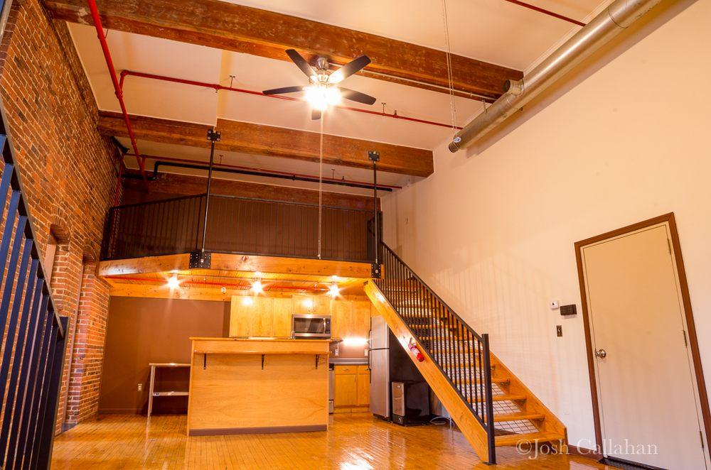 17 Photos For Auburn Station Apartments